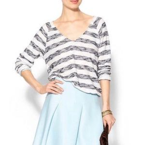 Sanctuary Blue and White Vneck Sweater
